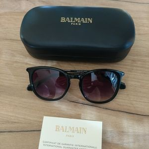 Balmain Sunglasses 🌹HP🌹